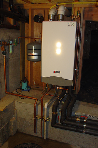Boiling over boiler types efficiencies explained for Types of home heating